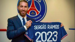 Sergio Ramos luce la camiseta del PSG.
