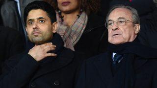 Florentino Pérez, junto a Al-Khelaifi en el palco del Parque de Los Príncipes. (AFP)