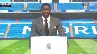 David Alaba, en su presentación como nuevo jugador del Real Madrid.