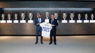 Carvajal renueva con el Real Madrid. (realmadrid.com)