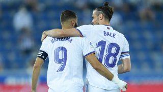 Bale y Benzema celebran un gol. (Getty)