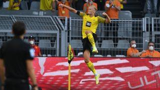 Haaland celebra un gol al Eintracht. (AFP)
