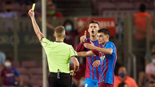 Piqué arranca la campaña arbitral contra el Madrid: «No hay una línea igual para todos»