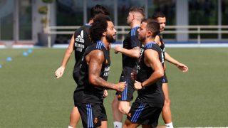 Marcelo se ejercita junto a sus compañeros. (Realmadrid.com)