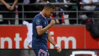 Kylian Mbappé celebra su primer tanto ante el Reims. (AFP)