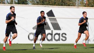 Los futbolistas del Real Madrid, en el entrenamiento del jueves. (Realmadrid.com)