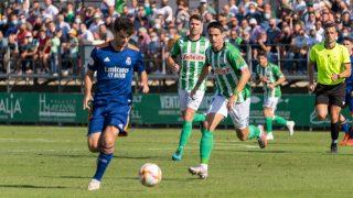 Miguel Gutiérrez, durante el partido ante el Sanluqueño (Atl. Sanluqueño).