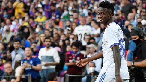 Vinicius, en el Clásico de la Liga en el Camp Nou (AFP)