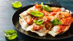 Receta de Raviolis con salsa de tomate a las finas hierbas