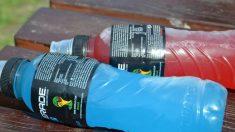 Además de contribuir a una buena hidratación, las bebidas isotónicas evitan el daño muscular.