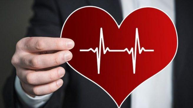 ¿Puede la presión arterial afectar la temperatura corporal?