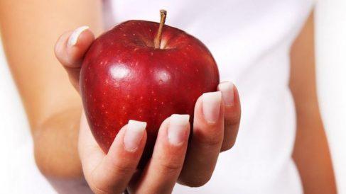 Entre los síntomas que suelen tener las personas que padecen este problema está que piensan siempre en lo que comen.