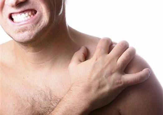 Los principales errores en ejercicio que pueden dañar nuestros hombros