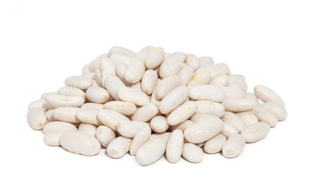 alubias blancas con pimientos