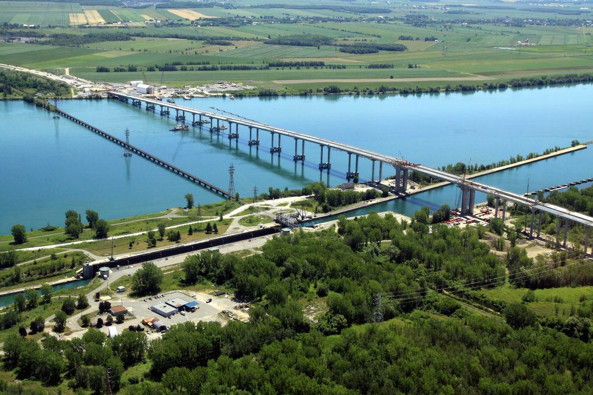 Nouvelle Autoroute de Montreal (ACS)
