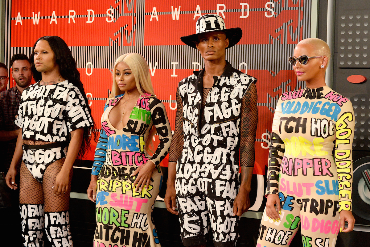 La modelo de hip hop y empresaria Blac Chyna junto a la modelo Amber Rose, perfectamente conjuntadas con sus acompañantes  (Getty)