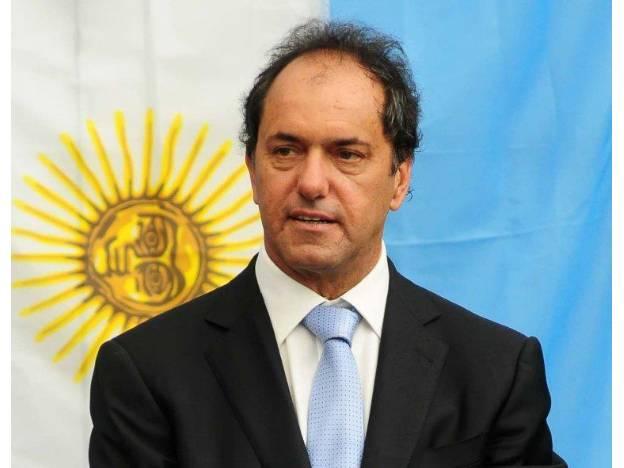 Daniel Schioli vence en las elecciones en Argentina.
