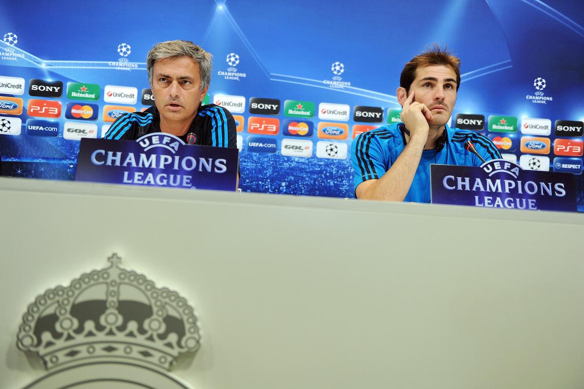 José Mourinho e Iker Casillas en la época que coincidieron en el Real Madrid. (Foto: Getty))