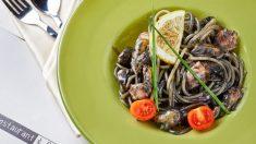 Receta de Tagliatelle frutti di mare con tinta de calamar