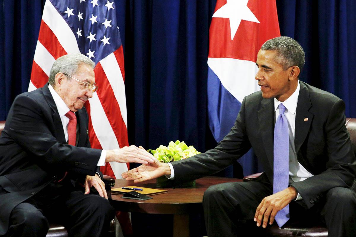 Raúl Castro y Barack Obama muestran la nueva relación entre Estados Unidos y Cuba (Foto: Reuters)