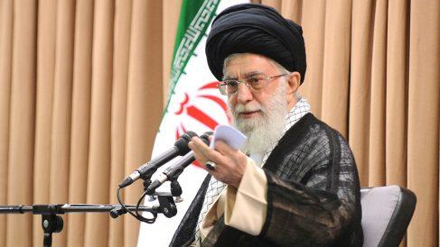 El ayatolá Ali Jamenei durante un discurso (Getty).