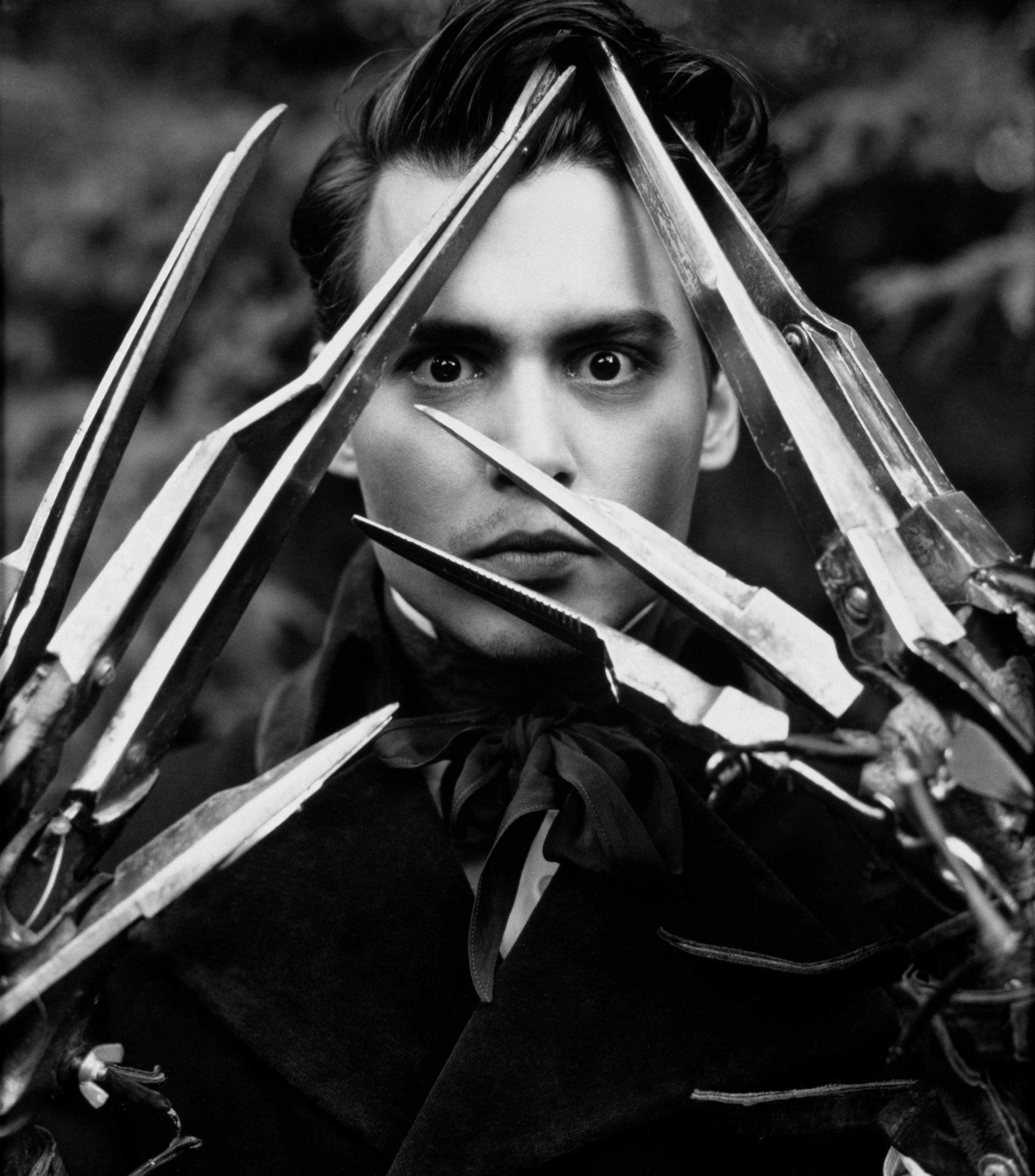 Johnny-Depp-Eduardo-Manostijeras