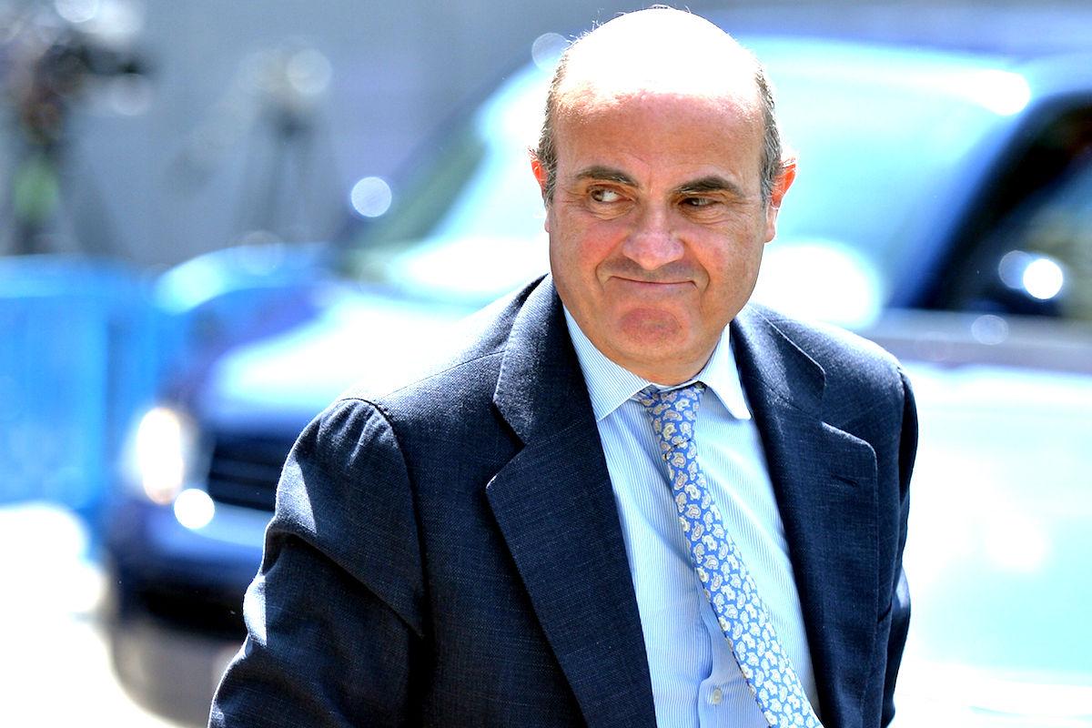 el ministro de Economía negocia contrarreloj para evitar una sanción ejemplar a España. (Foto: GETTY)