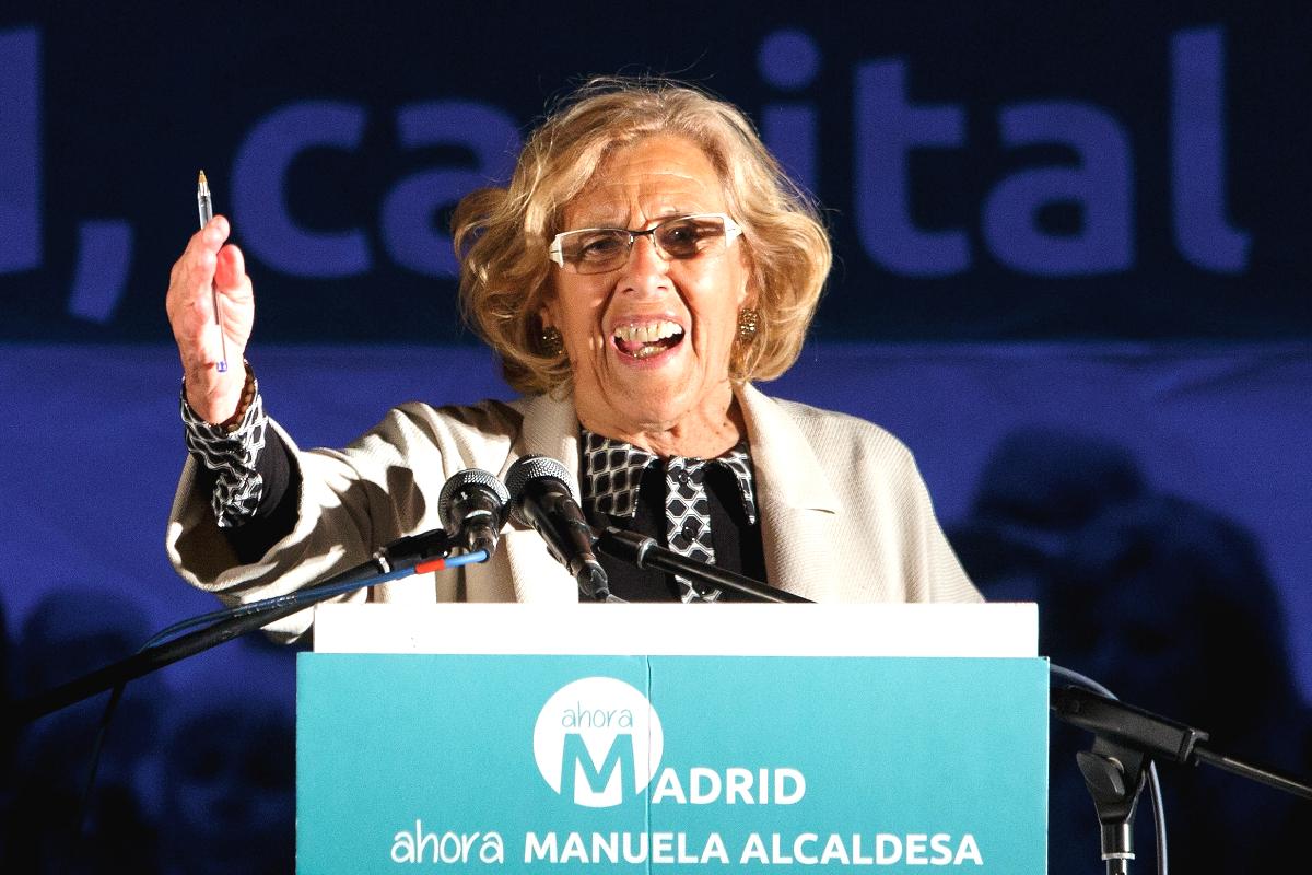 Manuela Carmena en un mitin en campaña electoral (Getty)