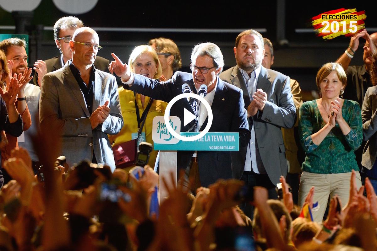 Mas y Junqueras celebran frente a sus seguidores los resultados en las elecciones catalanas 2015