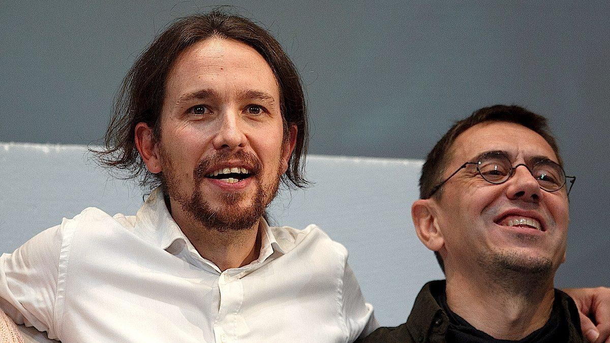 Juan Carlos Monedero junto al secretario general de Podemos, Pablo Iglesias (Foto: Pablo Blazquez/Getty)