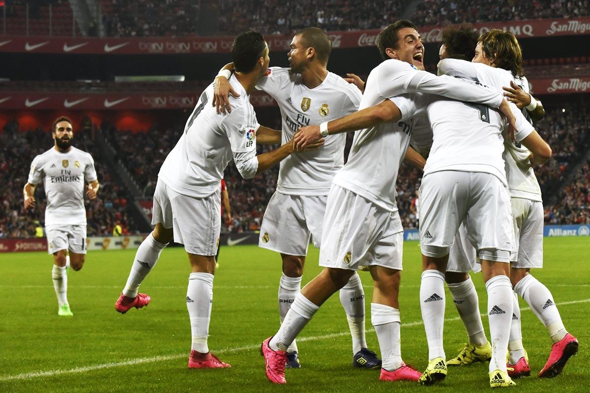 El Real Madrid salió líder de la Catedral en un brillante partido (Foto: EFE)
