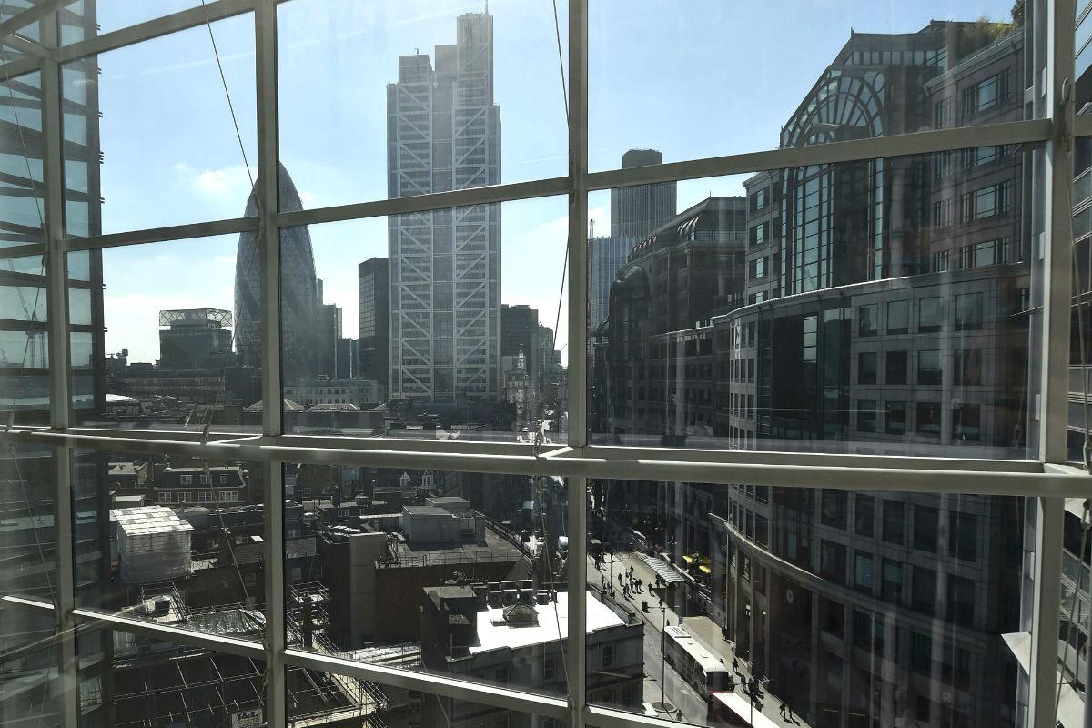 Es posible montar una empresa en la City londinense sin moverse desde el sillón de casa.