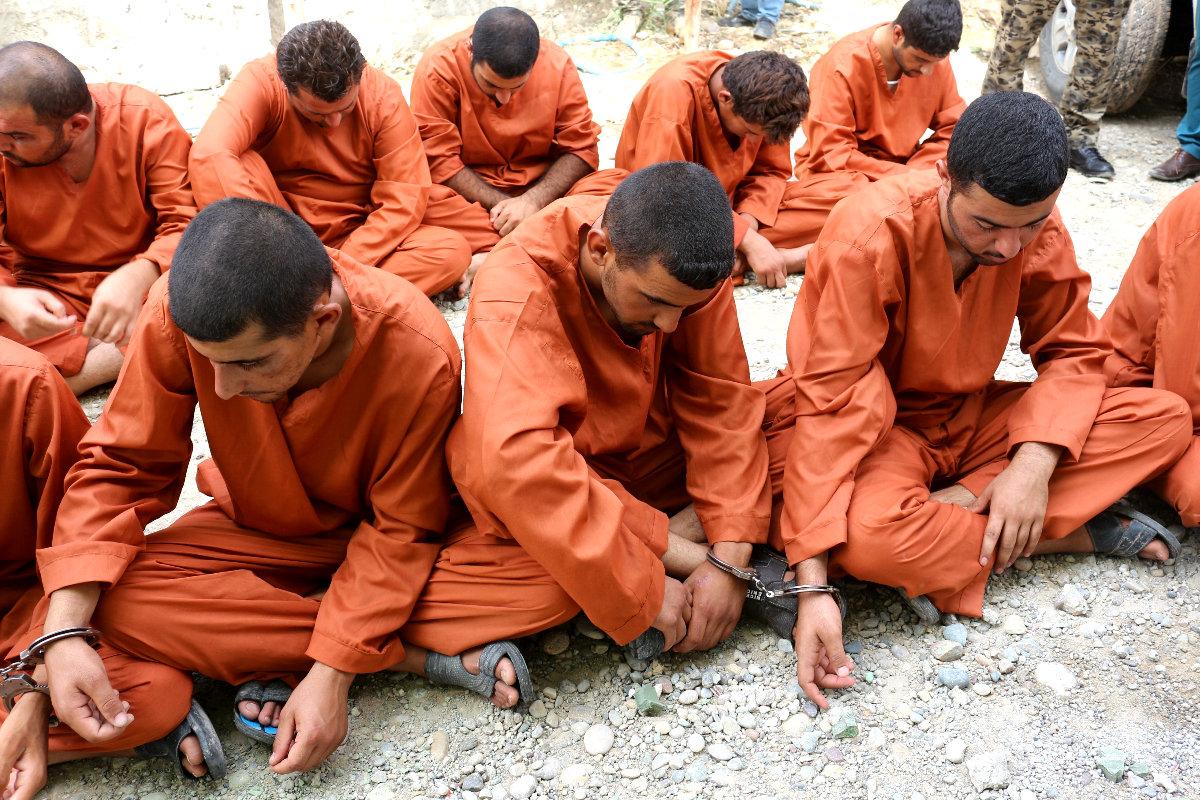 Presos de Estado Islámico capturados en Irak. (Fotos: Getty)