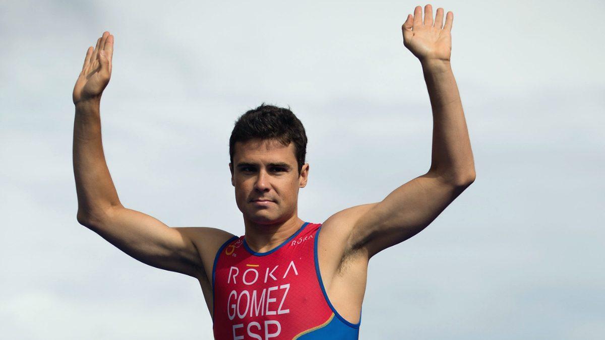 Gómez Noya durante un campeonato de triatlón (Getty)