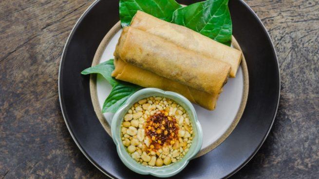 Rollitos de cerdo con verduras y setas shiitake con salsa dulce de soja y miel