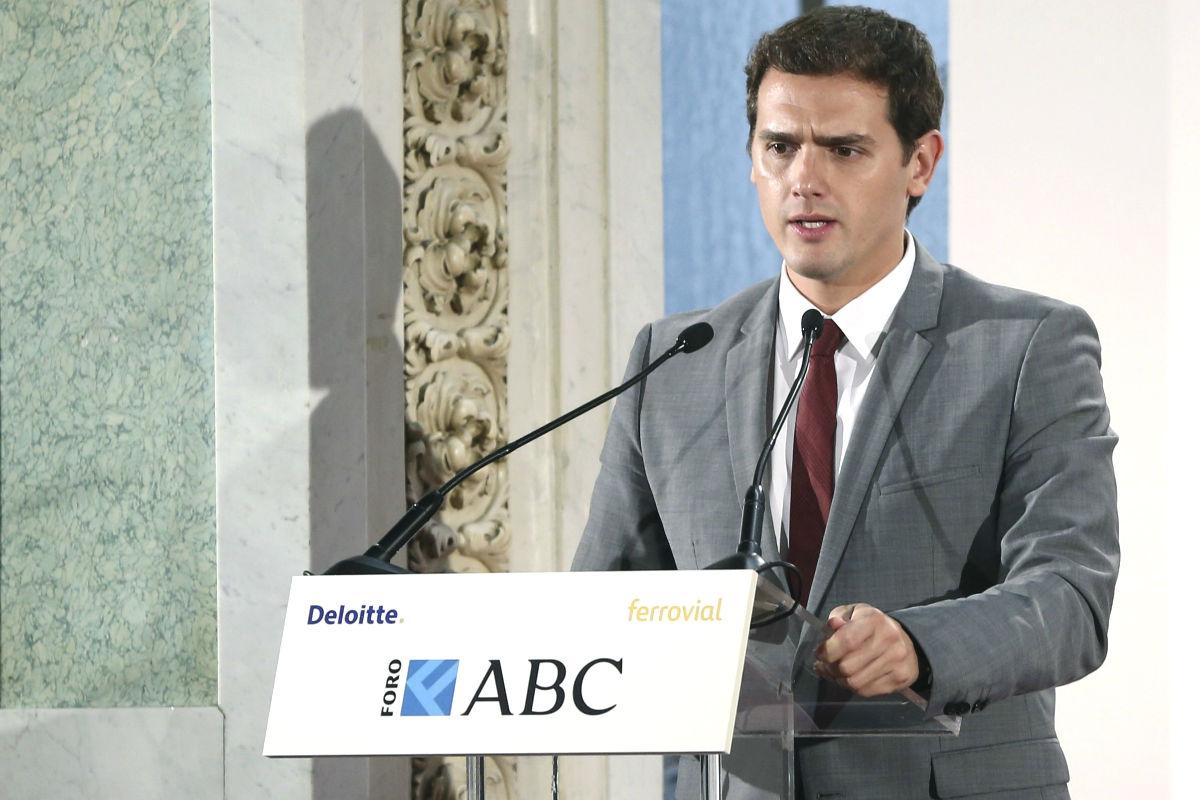 Albert Rivera en la comida de ABC-Deloitte. (Foto:EFE)