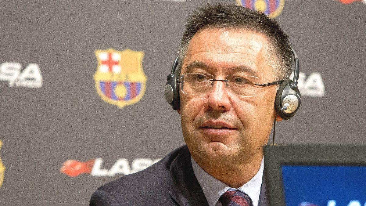 El presidente del FC Barcelona, Josep María Bartomeu, en rueda de prensa.