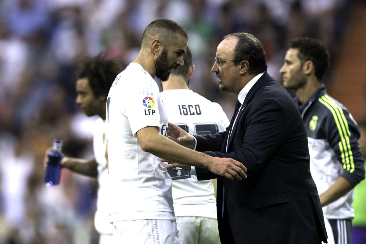 Benzema y Benítez durante el partido de Liga contra el Málaga (Getty)