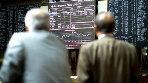 Inversores en la Bolsa de Madrid (Foto: GETTY).
