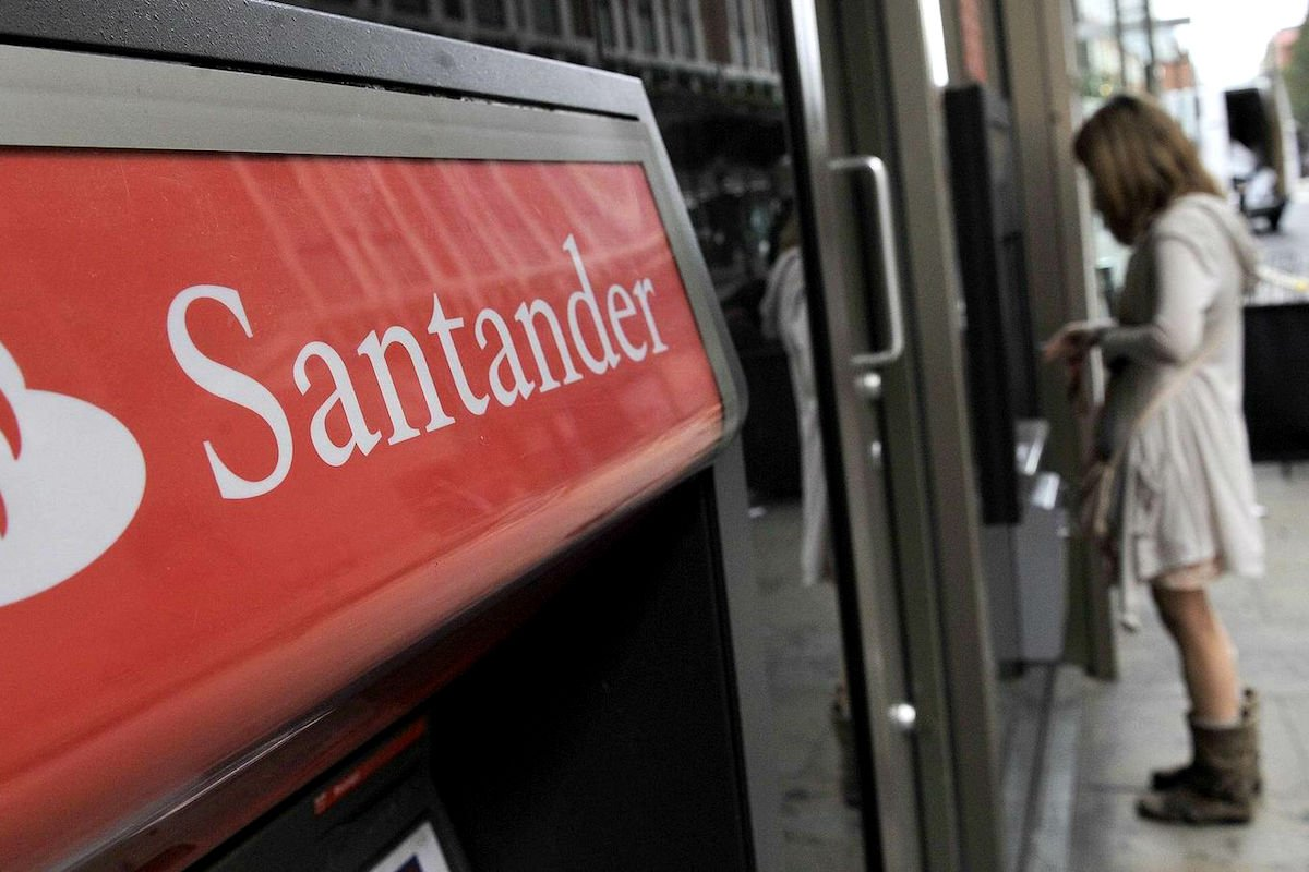 Santander zara y movistar l deres en espa a como marcas for Santander cajeros madrid