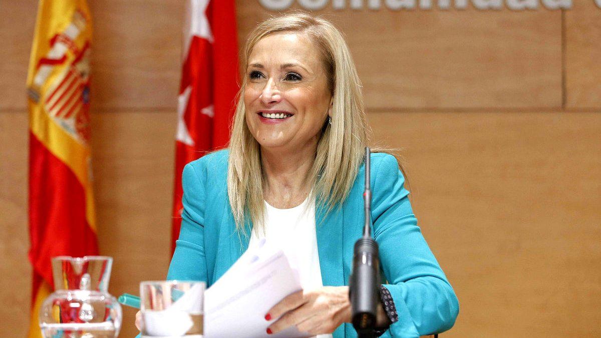 La presidenta de la Comunidad de Madrid, Cristina Cifuentes. (Foto: EFE)