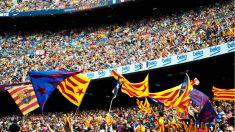 Las esteladas fueron protagonistas en la última final de Copa en el Camp Nou. (AFP)