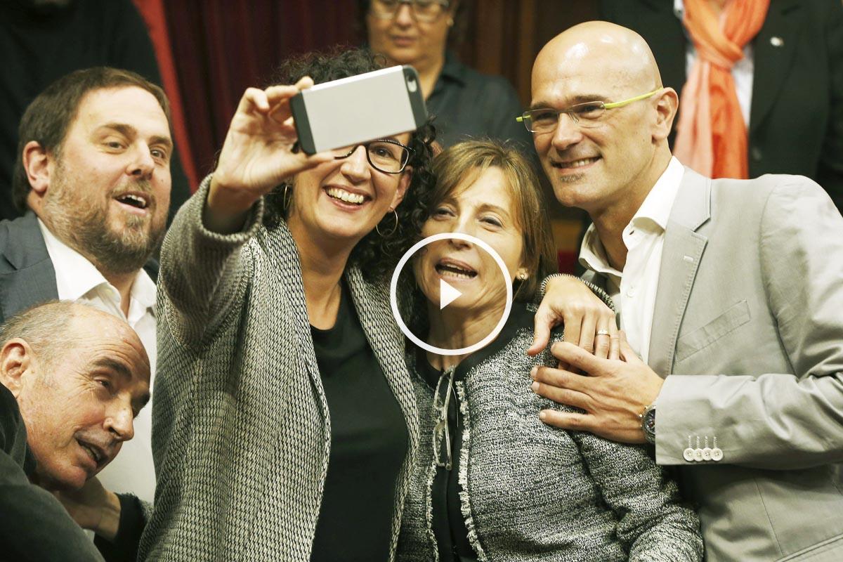 Carmen Forcadell ha sido elegida presidenta del Parlament (Foto: EFE)