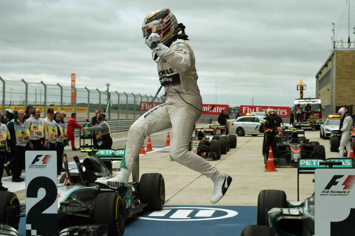 Lewis Hamilton celebra en Estados Unidos su tercer título de campeón de Fórmula 1