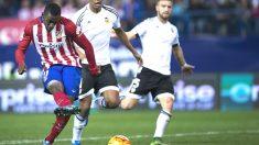 Jackson Martínez define en el primer gol del Atlético