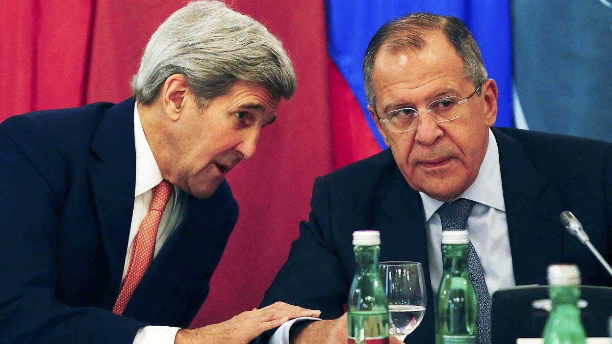 John Kerry y Sergei Lavrov durante la cumbre de Viena sobre Siria (Foto: Reuters)