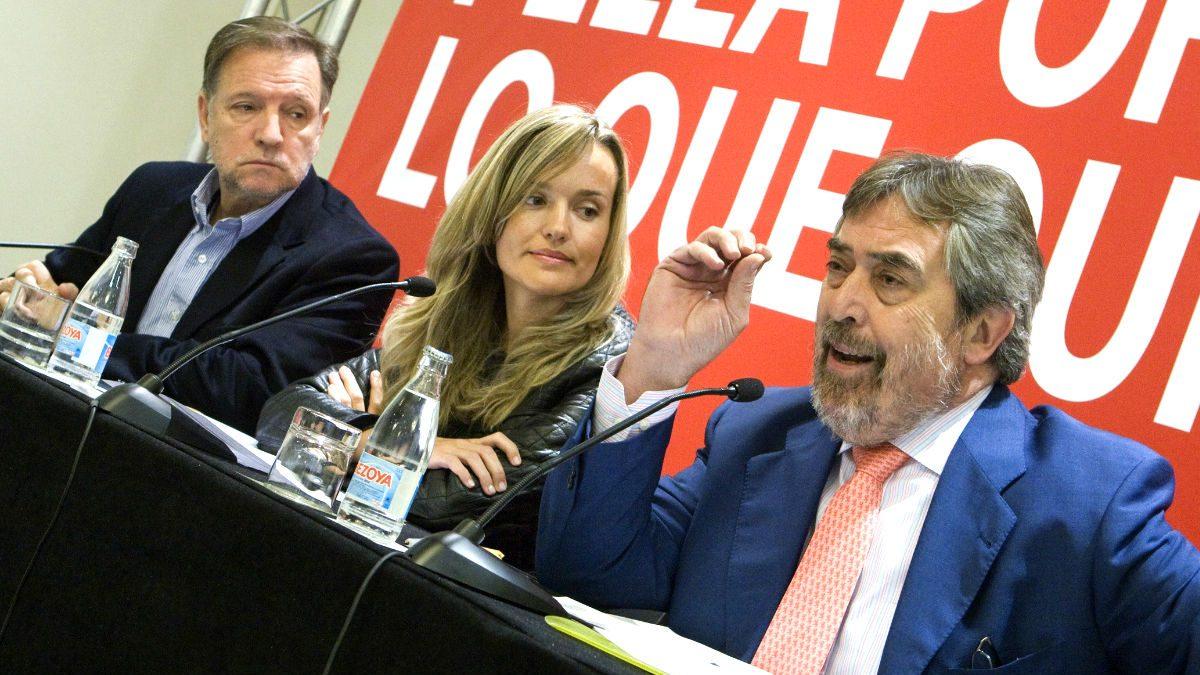 Marcelino Iglesias, Juan Alberto Belloch y Pilar Alegria. (Foto: EFE)