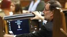Mariano Rajoy en su escaño en el Congreso.