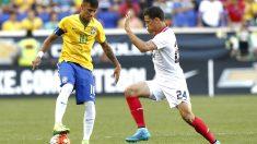Neymar durante un partido con la selección brasileña (Getty)