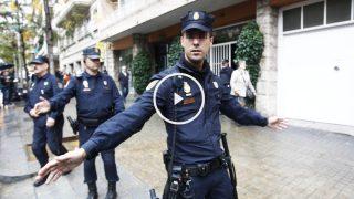 Policía en el registro a un domicilio de los Pujol.